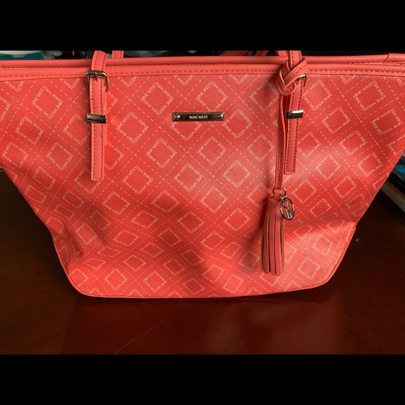 Brand New Nine West tote size purse